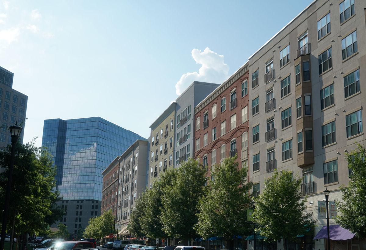 Park & Market Apartment